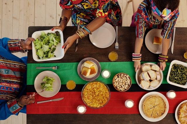 slow food, zasady slow food, organizacja slow food, jak jeść slow food, przygotowanie posiłków slow food,
