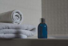 domowe spa, domowe kosmetyki, jak dbać o siebie w domu, naturalne kosmetyki, jak przygotować naturalne kosmetyki, dbanie o siebie w czasie pandemii, pandemia a zabiegi kosmetyczne,