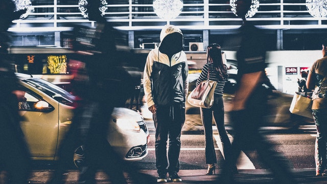 opinia innych, krytyka innych, jak nie przejmować się krytyką, jak nie przejmować się opinią innych, za bardzo się przejmuje innymi, niskie poczucie wlasnej wartosci, jak sie nie przejmowac cudzym zdaniem,