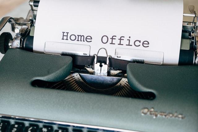 praca zdalna, home office, jak pracować w domu, zalety pracy w domu, zalety home office, zalety pracy zdalnej, praca zdalna, minusy pracy w domu, minusy pracy zdalnej, minusy home office