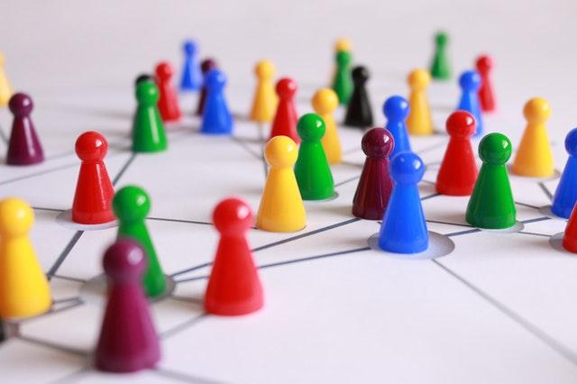 gry planszowe, zalety gier planszowych, rodzaje gier planszowych, planszówki, czemu warto grać w planszowe, czemu warto grać w planszówki, zalety planszówek, korzyści planszówek, jakie są gry planszowe,